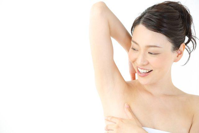 脇・顔の医療脱毛の痛みと回数、効果