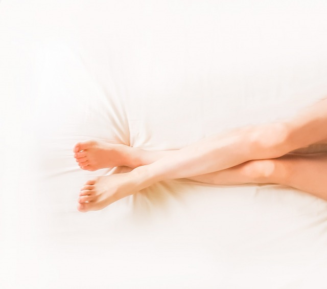 ひざ下脱毛|求める回数と効果で光脱毛か医療脱毛か選ぼう